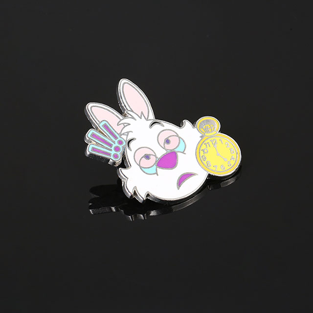 Round Rabbit Design Zinc Alloy Metal Badge Button Clip with Pin