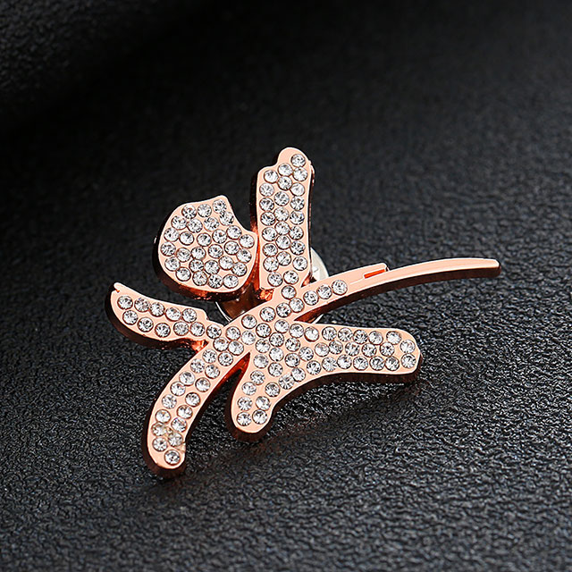 Animal Design Promotional Gift Hard Enamel Suit Badge Zinc Alloy Material with Safety Pin